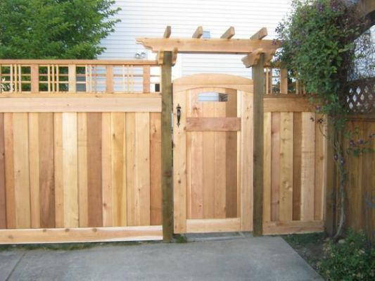 Craftsman style fence photos craftsman styles for Craftsman style fence