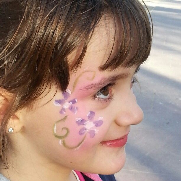 Face painting. Flowers. Pintacaras. Flores.