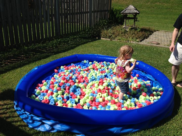 DIY foam pit What you need: A pool Pool noodles: as many as you can stand to cut up into 1.5 inch pieces to fill pool half way up Enthusiastic child to play!