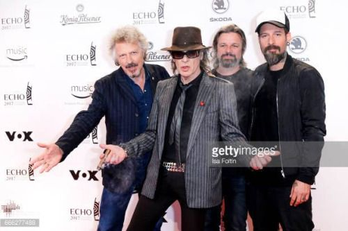 04-24 BERLIN, GERMANY - APRIL 06: German singer Wolfgang... #lindenberg: 04-24 BERLIN, GERMANY - APRIL 06: German singer… #lindenberg