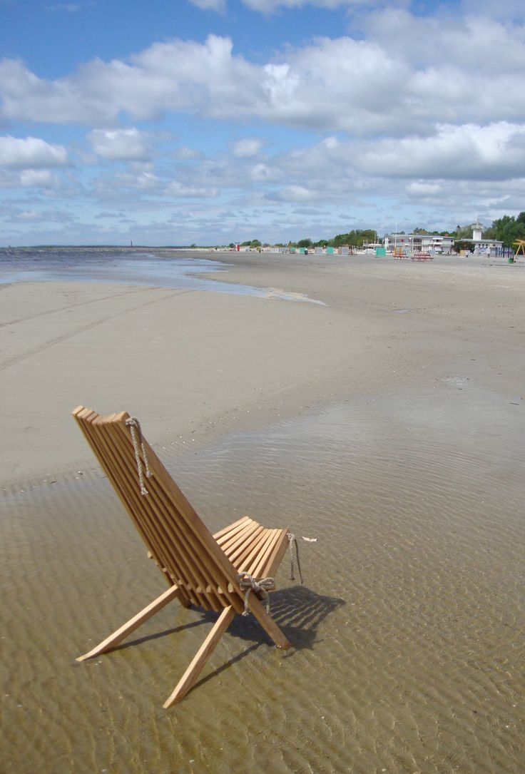 Ecochair on the beach