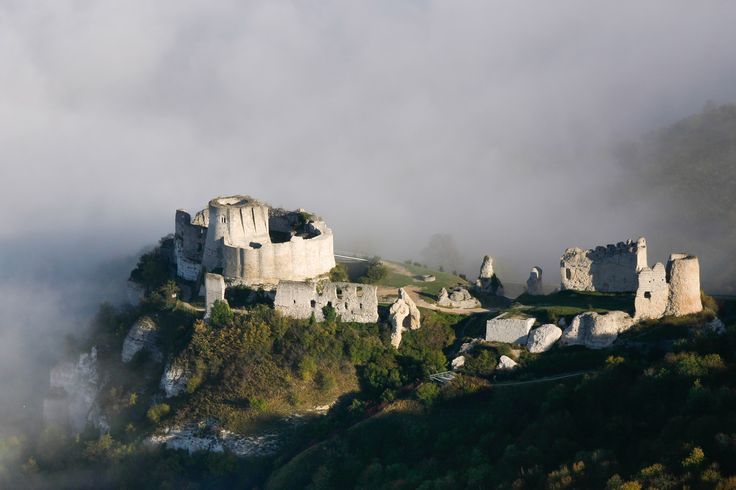 Château Gaillard, Upper Normandy, France. The castle was built by Richard the Lionheart c. 1196–1198.