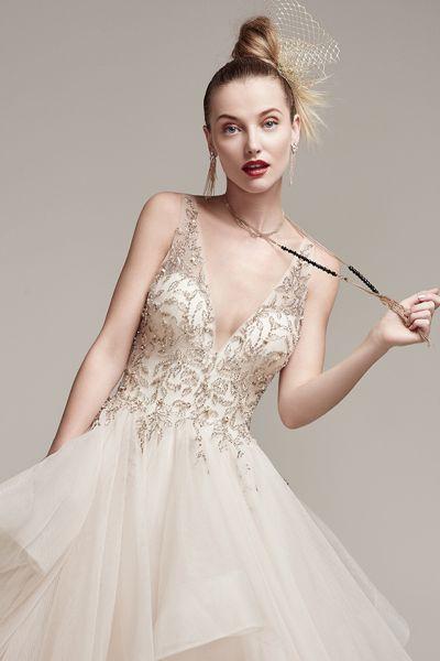 Vestidos de novia con pedrería 2017: Deslumbra a todos invitados el día de tu boda Image: 22