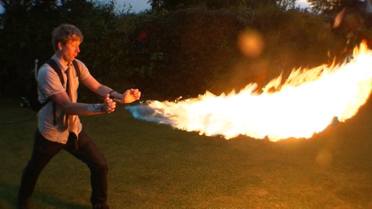 DIY: X-Men Pyro Shooting 12ft Flames From Your Wrist #diy #xmen #weapons #pyro #epic #awesome!