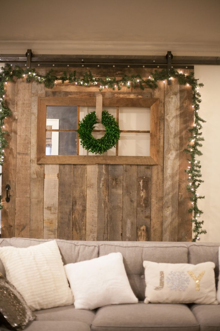 679 best merry bright holiday home tour images on for Barn door home decor