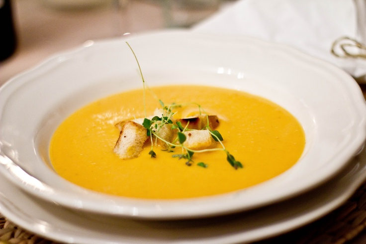 ... butternut squash soup with fresh thyme and home made garlic croutons