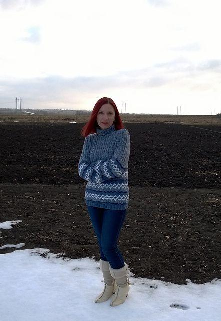 пуловер с жаккардовым узором Пряжа:шерсть.300м/100гр Расход пряжи: вес 505гр Спицы: №4, №4,5