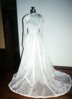 parachute wedding dress. BourlandRHdressback2
