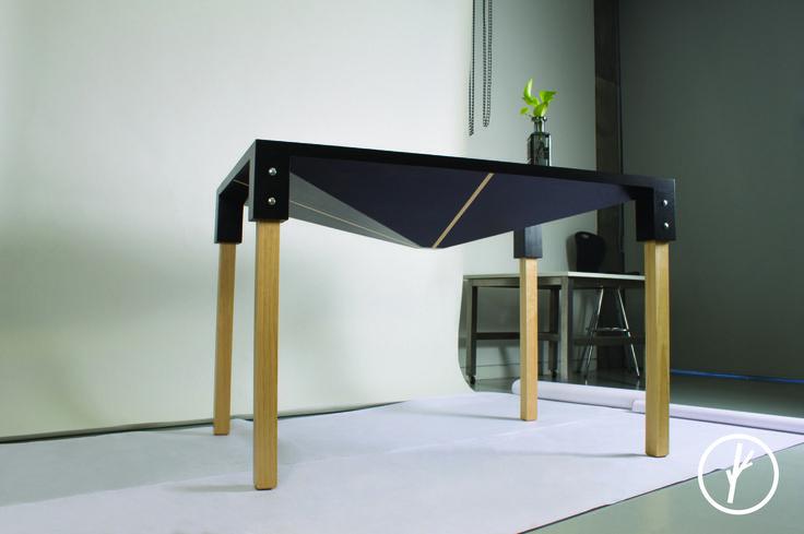 Poligonal table.  #industrialdesign #productdesign #design #designinginnovation #modern #gooddesign #moderndesign #modernfurniture #mexicandesign