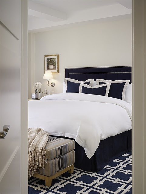 Best 25 Navy White Bedrooms Ideas Only On Pinterest Navy And White Rug Orange Master Bedroom