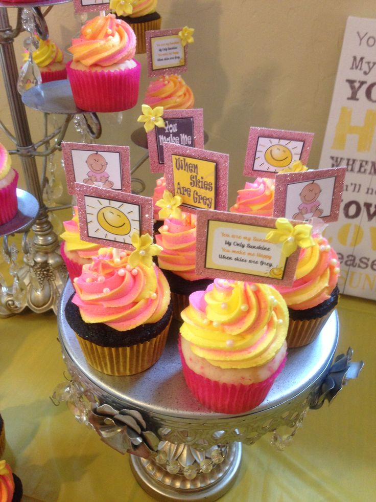 """""""You are my sunshine"""" baby shower cupcakes!"""