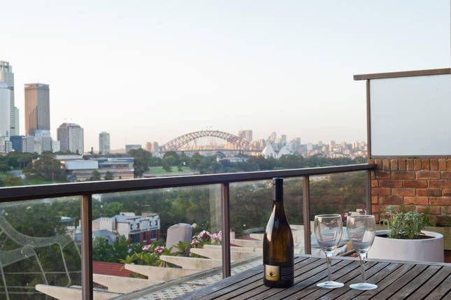 Sydney Harbour Bridge Views | Potts Point, NSW | Accommodation