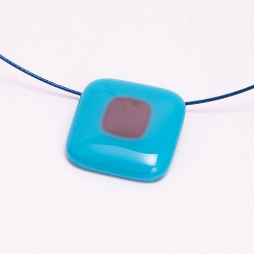Kék-lila medál