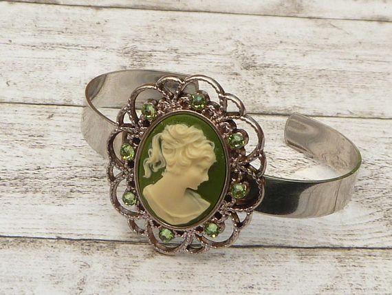 Edler Kamee Armreif in grün silber antik Stil Schmuck Lolita
