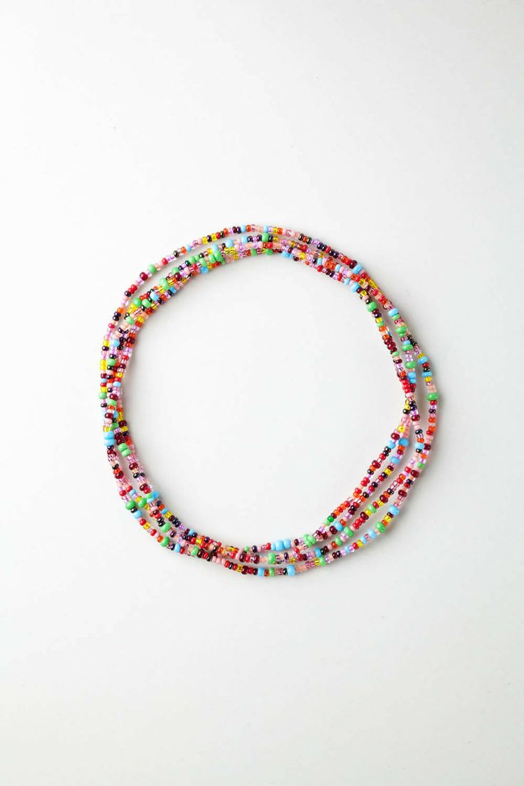 Every Rafiki Friend Chain is made with Czech glass beads in an array of vibrant, eye-catching colours and has enough stretch to be looped into a bracelet, anklet, headband or necklace, offering fresh, fun ways to accessorize any outfit—wear it your way!