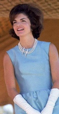 jaqulin+kennedy+dresses+Pictures | Jackie Kennedy in pale blue dress | Inspiring First Ladies