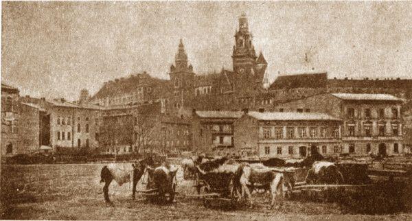 Wawel z Placu na Groblach. Fotografia  - NN - ok. 1910 r. Fot. ze zbiorów wawel.net