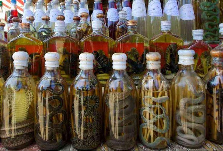 Факты о еде: блюда, которые стоит попробовать хотя бы раз в жизни http://apral.ru/2017/04/25/fakty-o-ede-blyuda-kotorye-stoit-poprobovat-hotya-by-raz-v-zhizni/  Змеиное вино, Юго-Восточная Азия. Если вам надоело обычное белое или красное вино, следует отправитья во Вьетнам или Китай, чтобы провести [...]