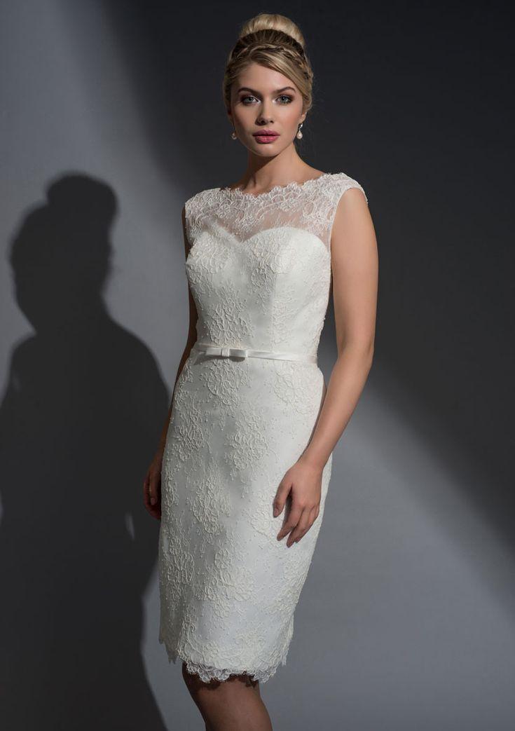white-knee-length-wedding-dress