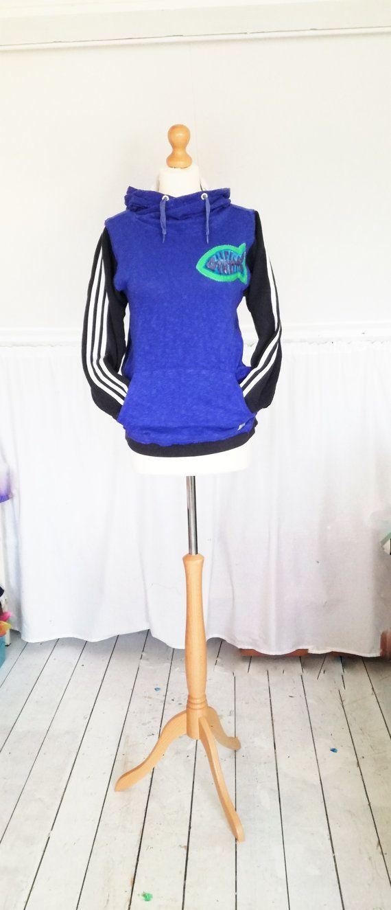 Upcycled clothing, upcycled sweater, Mevrouw Hartman, Blue Sweater, Womens Sweater, Womens shirt, https://www.etsy.com/shop/MevrouwHartman  http://www.mevrouwhartman.nl/