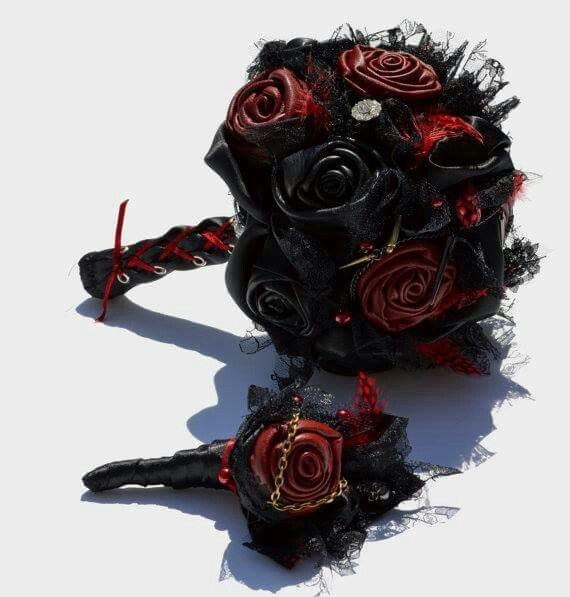 Red And Black Wedding Cakes Ideas: 17 Best Images About Gothic Wedding Ideas On Pinterest