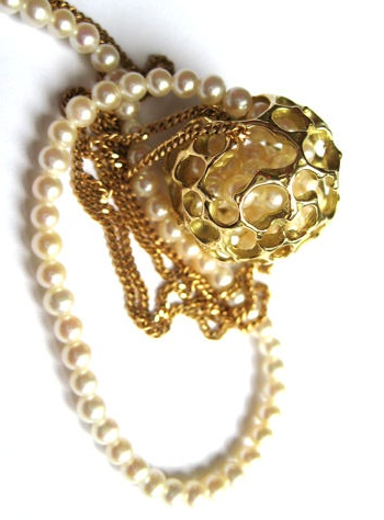 Rebecca Steiner pearl necklace