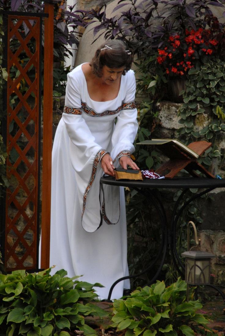 Celtic priestess priestess historical costume sabbats