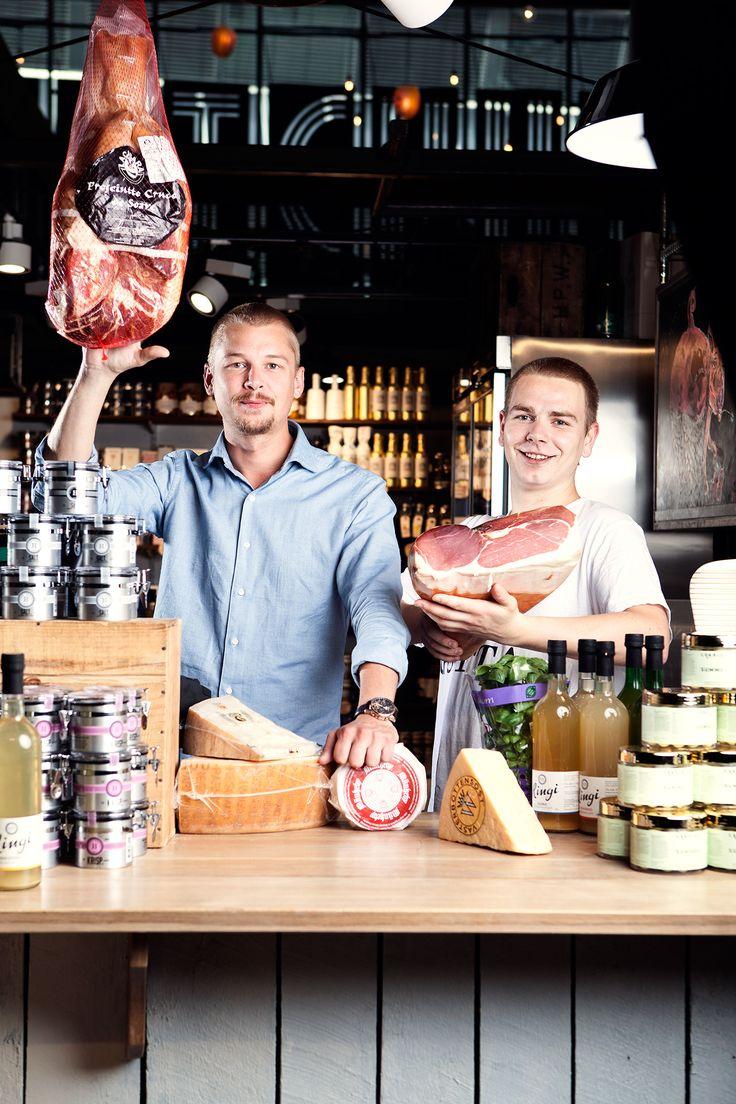 Butikken tilbyr det beste innen ost, spekemat, samt andre delikatesseprodukter, frukt, grønnsaker, sjokolade og blomster. Produktene kommer fortrinnsvis fra Norge og andre land i Europa med vekt på Frankrike og Italia.