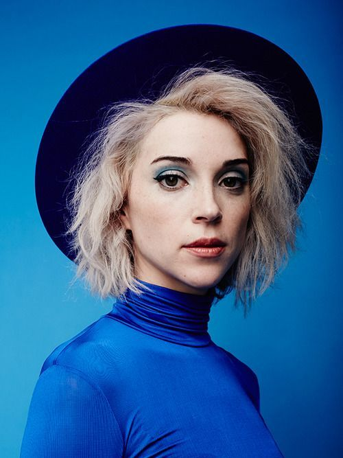St. Vincent has such an incredible, unique sound that I can't get enough of!