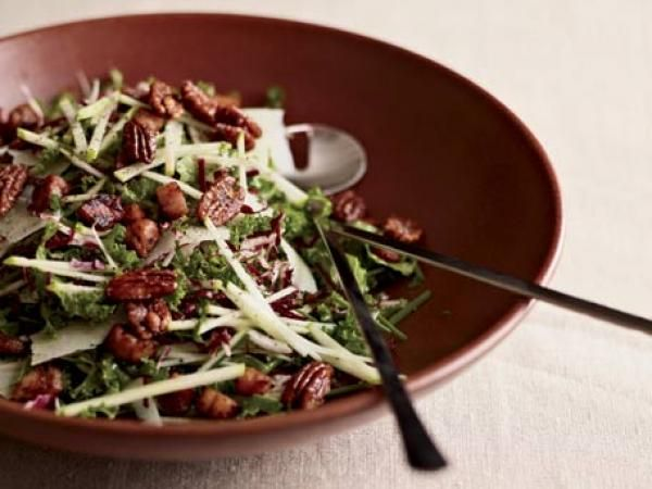 Kale & Apple Salad with Pancetta and Candied Pecans Recipe | http://aol.it/1x8tBGx