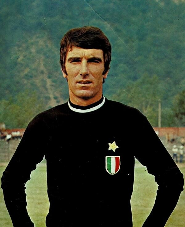 Dino Zoff----is an Italian former football goalkeeper and is the OLDEST winner ever of the World Cup, which he earned as captain of the Italian team in the 1982 tournament in Spain, at the age of 40 years!!