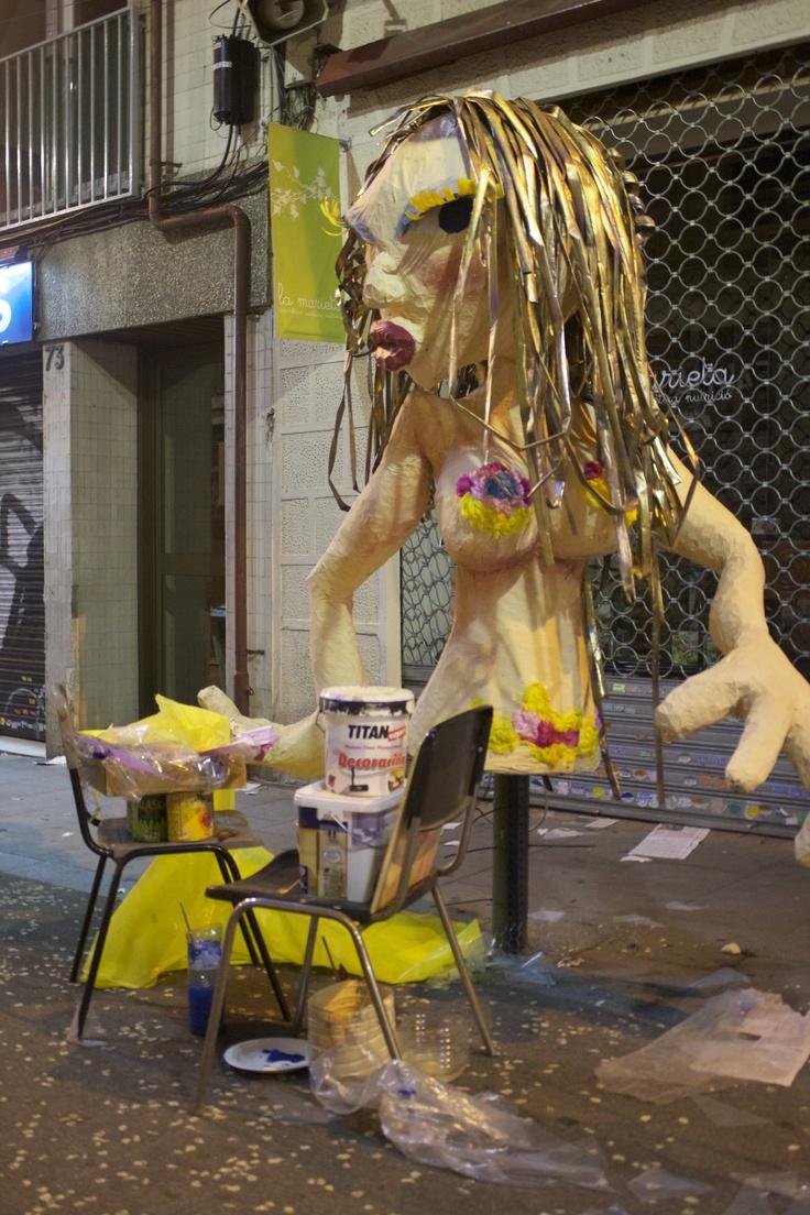 "Traditional Summer festival in Barcelona: ""Festa Major de Gracia I: BEFORE"" http://mytravelthirst.com/festa-major-de-gracia-i-before/"
