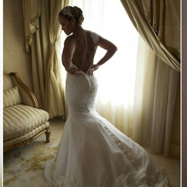 evelyn lozadas wedding dress ines di santo gown love the cut and her head piece my wedding dress pinterest more head piece wedding dress and gowns