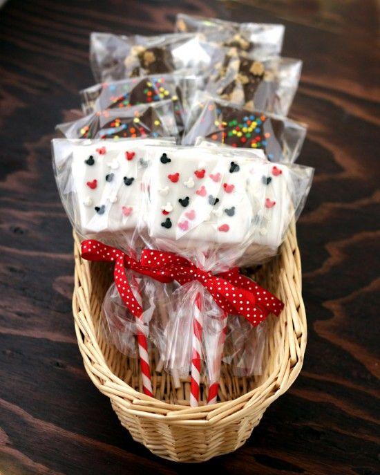 all crafts How To Make Smores Pops {smores recipe} photoValentine Treats, Pop Treats, Gift Ideas, S More Pop, Parties Favors, Preschool Valentine, Pop Smores, Parties Ideas, Smores Pop
