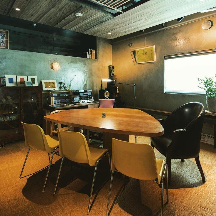 "meeting space MANHATTAN ""shop&gallerySOMETHING"""