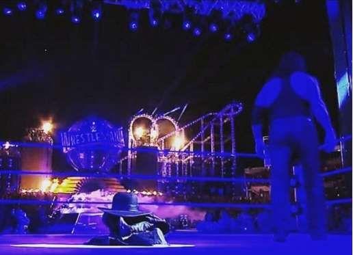 """<p>The Undertaker, una de las grandes leyedas de la WWE, fue masacrado por Roman Reigns durante la función de WrestleMania 33, lo cual ha abierto la posibilidad de que el famoso """"Enterrador"""" le diga adiós al mundo de la lucha libre.</p>"""