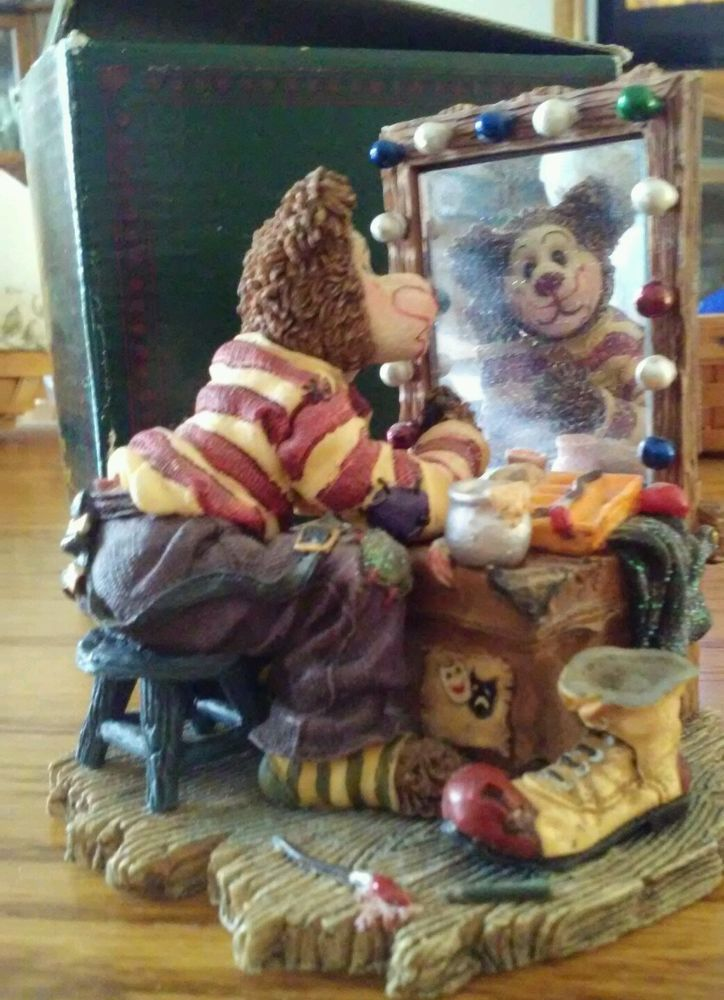 """Boyds Bearstone Bear Clown 2001 Celebration Edition """"All The Worlds A Stage..."""""""