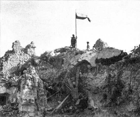Polish Flag Monte Cassino3 - Polish contribution to World War II - Wikipedia, the free encyclopedia