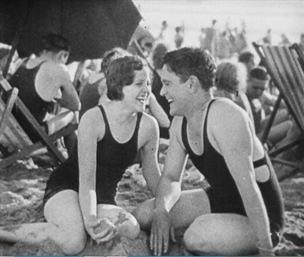 Lonesome (1928) | 100 Years Of Fashion In Film