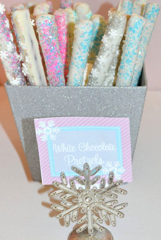 WINTER ONEDERLAND Food Labels - Snowflake Birthday Party - Pink - Christmas - Girl - Printables - Krown Kreations. $3.99, via Etsy.