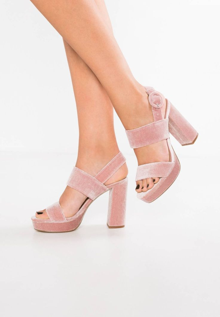 "Steve Madden. BETTY - Platform sandals - pink. Pattern:plain. Sole:synthetics. heel height:4.5 "" (Size 4). Platform height:1.5 "" (Size 4). Padding type:Cold padding. Shoe tip:open. Heel type:block heel,platform toe. Lining:imitation leather. de..."