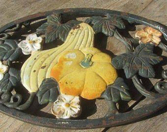 French trivet, cast iron enamelware trivet, autumn design, enamel pot stand, French country decor, farmhouse kitchenware, French vintage,