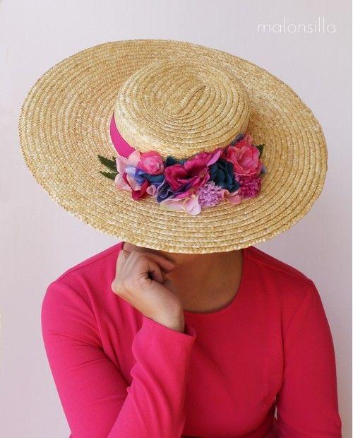 Pamela RUBIELOS Rosa de rafia tipo canotier con flores de tela en rosa  fucsia azul y da6a344c029