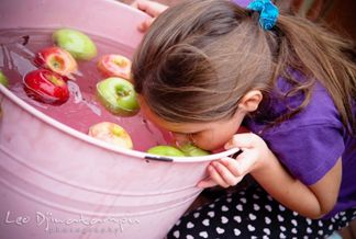 Actividades y juegos comer manzanas