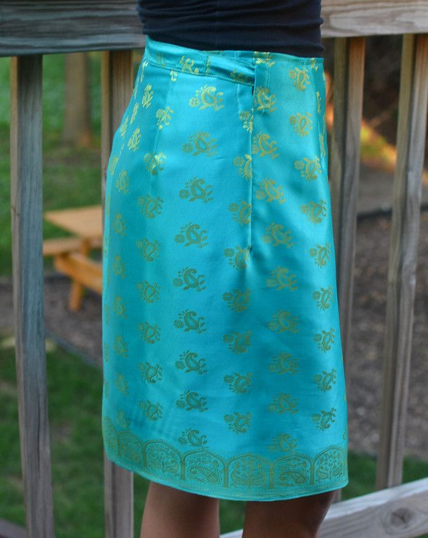 DIY: Upcycle a Sari into a Skirt Simple Simon & Company: Skirting the Issue: LiEr from ikatbag
