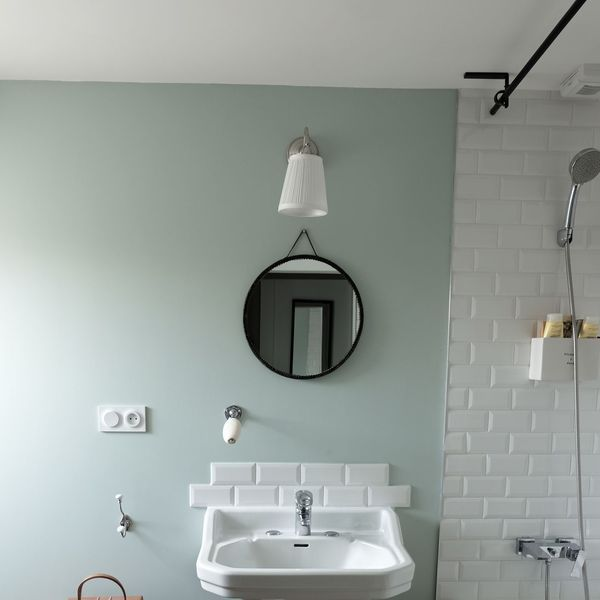 17 meilleures id es propos de salles de bains verts sur pinterest couleur - Lavabo retro salle de bain ...