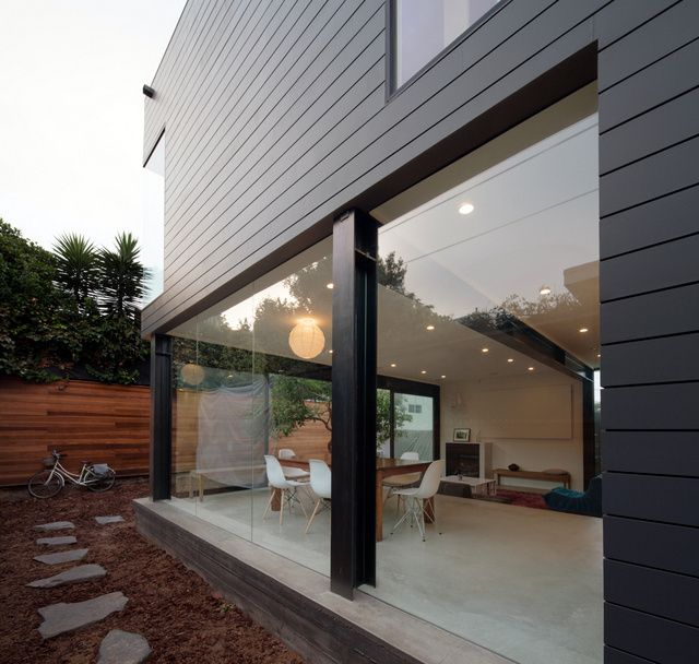 Contemporary renovation of a bungalow (5)
