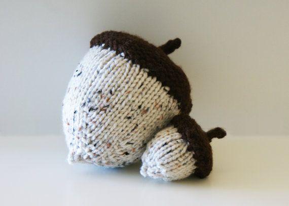 Acorn Leaf Knitting Pattern : DIY Knitting PATTERN - Stuffed Knit Acorns for ...