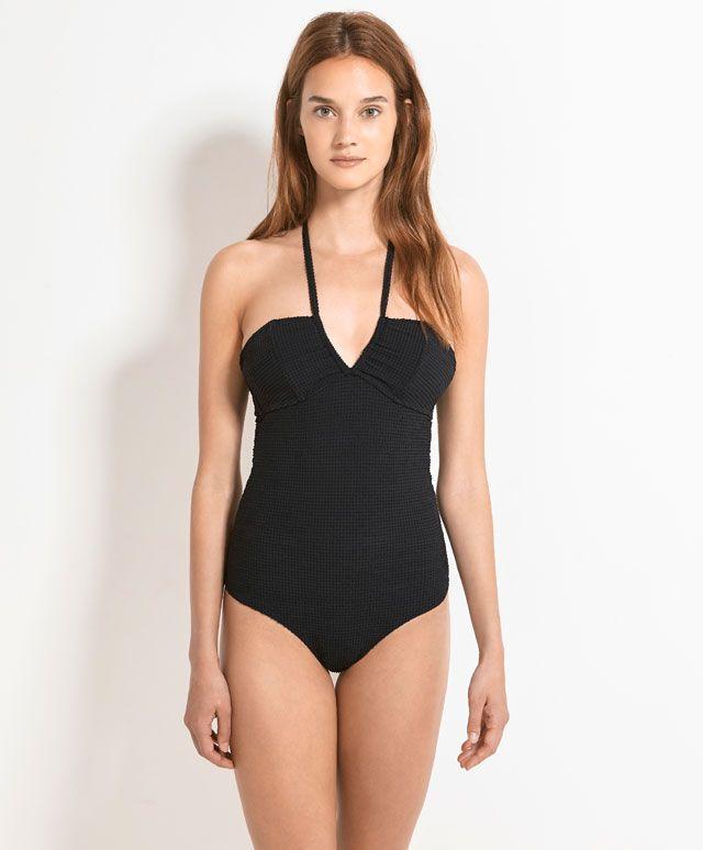 Czarny kostium kąpielowy z tkaniny strukturalnej - OYSHO