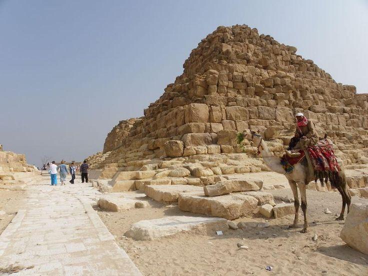 Edifício em Pirâmides de Gizé